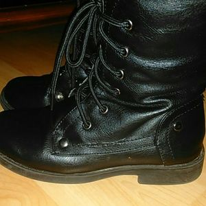 Forever Shoes - Black boots
